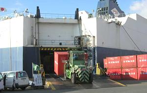定期船サービス